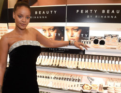 Rihanna lance sa marque Fenty Beauty à New York
