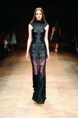 Tony-Ward-Couture-FW1415-37
