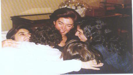 Nazek Hariri1