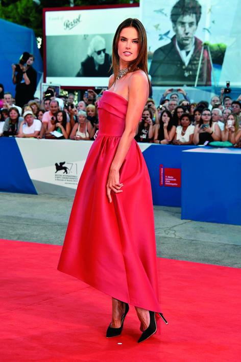 Alessandra Ambrosio - Salvatore Ferragamo heels - Venice Film Festival Premiere of film La Rancon De La Gloire