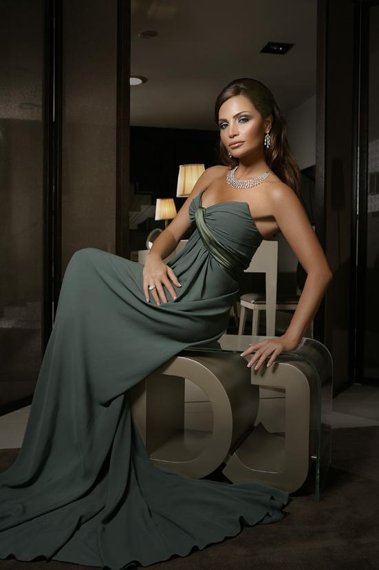 Designer jihan alama (2)