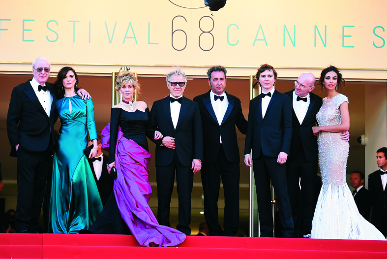 "CANNES, FRANCE - MAY 20:  (L-R) Actors Michael Caine,  Rachel Weisz, Jane Fonda and Harvey Keitel, director Paolo Sorrentino and actors Paul Dano, Alex Macqueen and Madalina Ghenea attend the ""Youth""  Premiere during the 68th annual Cannes Film Festival on May 20, 2015 in Cannes, France.  (Photo by Venturelli/WireImage)"