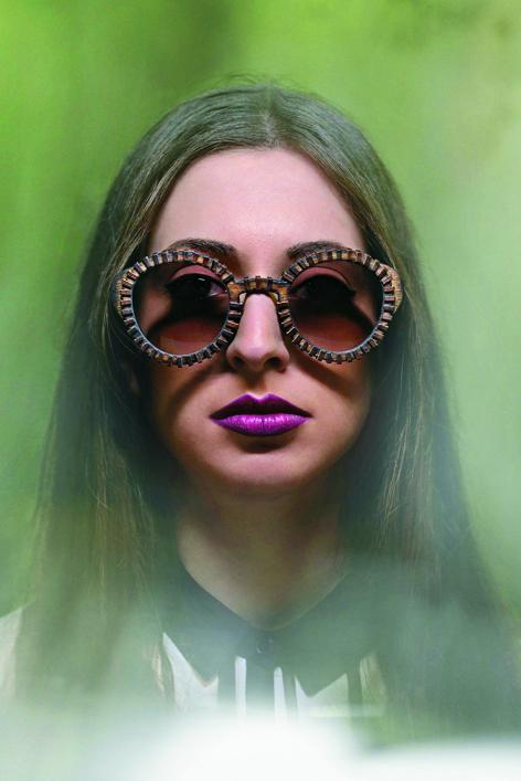 la mode 70 meme pour les lunettes - lunettes monture en bois