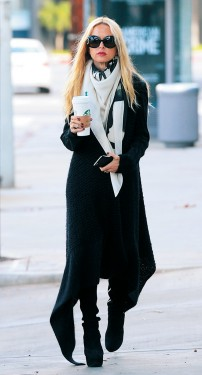 Rachel Zoe Grabs Starbucks in West Hollywood Pictured: Rachel Zoe Ref: SPL1204670 070116 Picture by: All Access Photo Splash News and Pictures Los Angeles:310-821-2666 New York:212-619-2666 London:870-934-2666 photodesk@splashnews.com