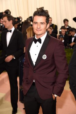 "NEW YORK, NY - MAY 02: Orlando Bloom attends ""Manus x Machina: Fashion In An Age Of Technology"" Costume Institute Gala at Metropolitan Museum of Art on May 2, 2016 in New York City. (Photo by Kevin Mazur/WireImage)"