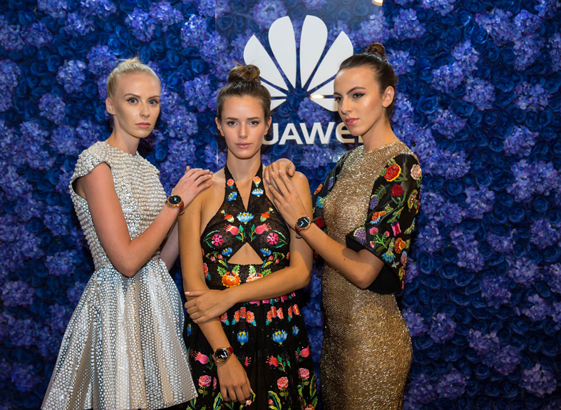 models-wearing-rami-kadis-technology-inspired-couture-and-the-huawei-lady-watch-in-ruby-red