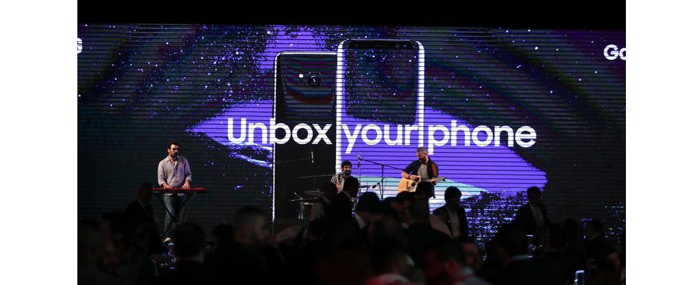 nouveau samsung smartphone galaxy s8 et s8 prestige. Black Bedroom Furniture Sets. Home Design Ideas